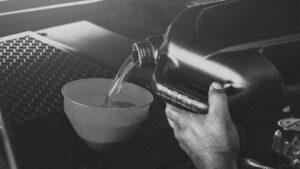 Troca de óleo: 5 dicas de ouro para sua oficina