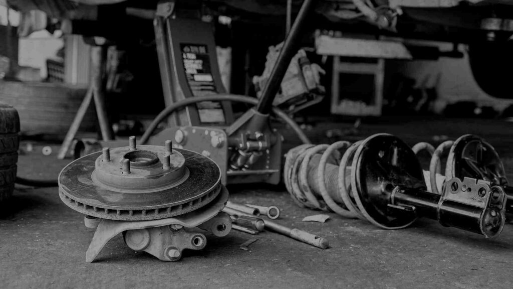 Foto de pivô e conjunto de suspensão automotiva